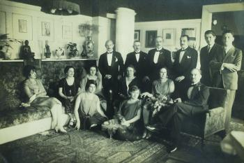 The Wedding of Eva, Claire Beck´s sister, and of Stefan Schanzer, 1926 (rear row to the left: baron Felix Parnegg, Max Feigl, Otto Beck, Wilhelm Hirsch, Richard Hirsch and Max Beck