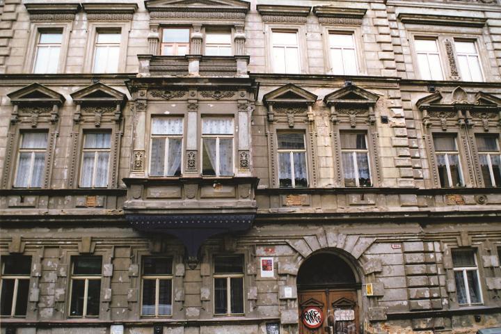 dům v ulici Plachého 6, Plzeň (původní místo apartmánu)